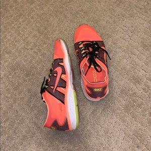 Never worn Nikes